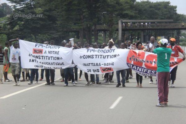 Projet de constitution, marche de l'opposition, ph. news.abidjan.net