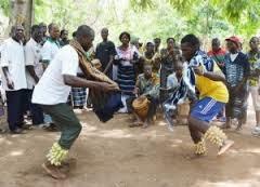 pâques, danse de réjouissance chez les baoulé