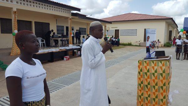 Prière d l'imam à l'ouverture de la cérémonie de célébration de l'excellence au lycée de Kong