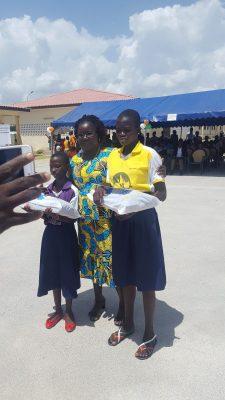 prix meilleur moyenne fille du premier cycle au lycée moderne Dominique Ouattara de Kong