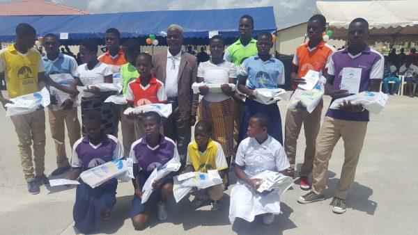 lauréats des concours littéraires au lycée Dominique Ouattara de Kong